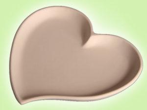 "Keramik zuhausemalen.de | Herzteller geschwungen <span style=""font-size: 10px"">(Farbgröße M)</span> Muttertag"