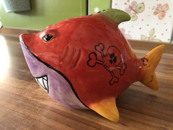 Keramik zuhausemalen.de | Spardose Hai (Farbgröße M) Spardosen